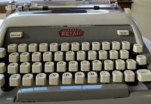 royal-typewriter